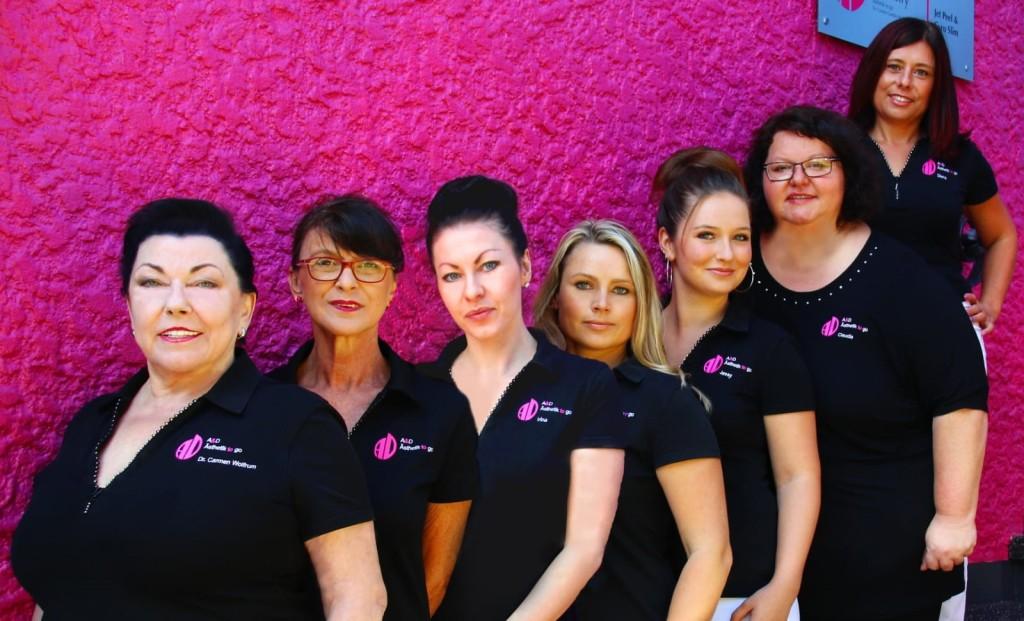 Das Team der Zahnarztpraxis Dr. med. dent. Carmen Gaebler-Wolfrum